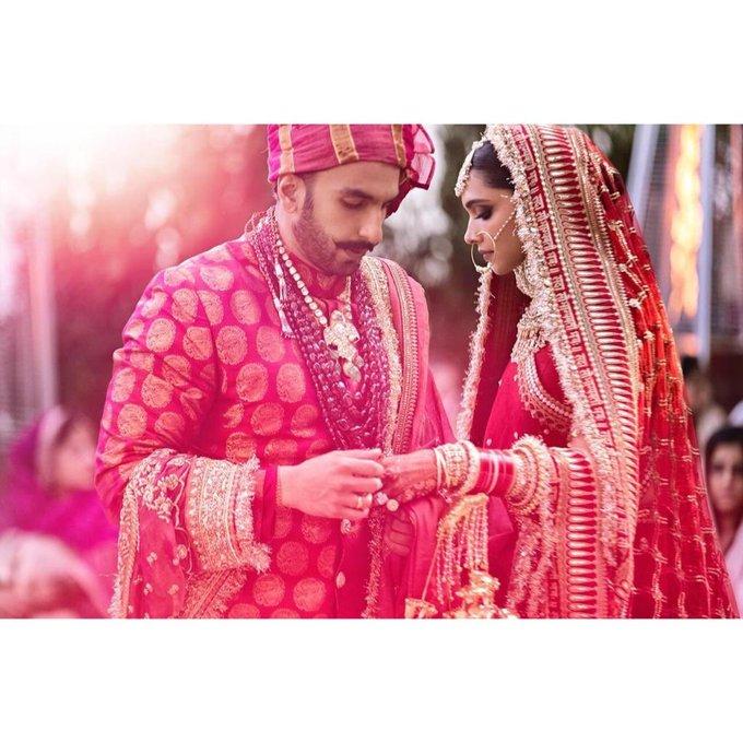 Bollywood  - Page 3 DsccNCMXQAIYxgY