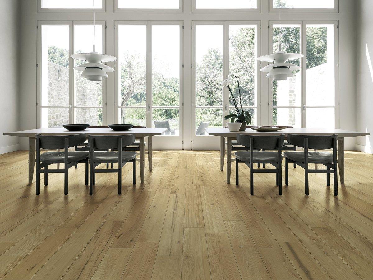 Long Board Wood Look Porcelain Tile From Marazzi More Info Http Bit Ly 2qaro23 Tiles Interiordesign Homedecor Interiors Decor Irisharchitects