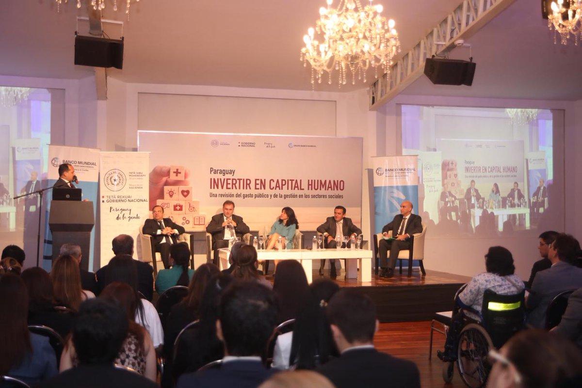 """Estamos en el lanzamiento del Informe del @BancoMundialLAC en Paraguay, """"Invertir en Capital Humano"""", que mide la eficiencia del Gasto Público en los sectores sociales."""