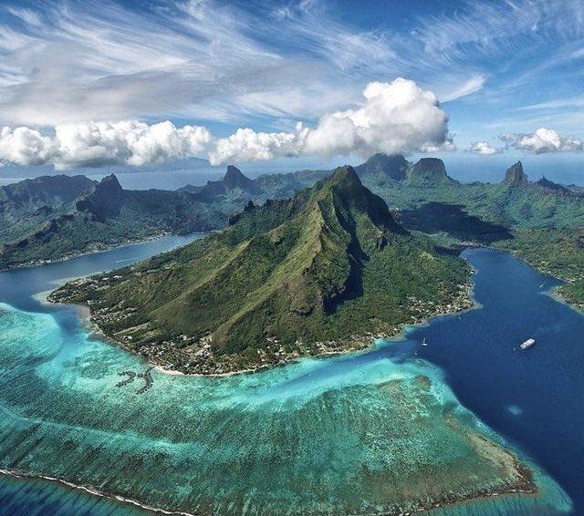 جزيرة بورآ بورآ ♡..|~ DscsHUiWwAAwEGq.jpg