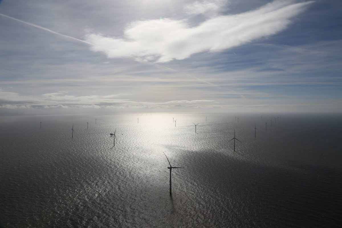 Energy Minister announces £60m budget for new renewables auctions and tells industry Offshore Wind Sector Deal is imminent - Offshore Wind Industry Council media release: https://t.co/OHY3KOO3OY https://t.co/yroKqFW1Qq