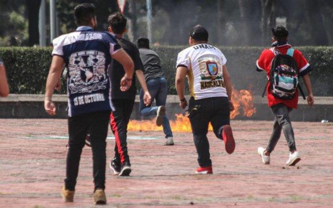 #CDMX | @UNAM_MX expulsa a otros tres implicados en agresión de Rectoría Foto