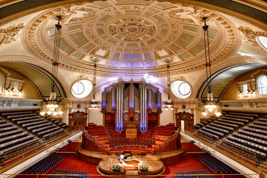 An incredible image of our folding chairs at the stunning Westminster Central Hall https://t.co/M7PHWMudks  #audience #theatre
