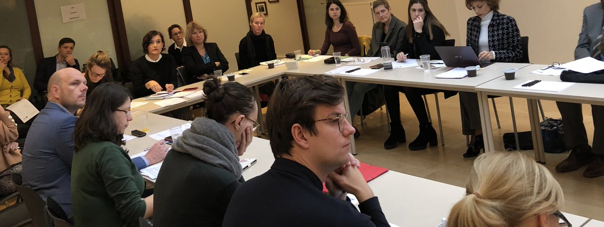 Hoy hemos acogido la reunión de la junta de EUNIC Brussels en la sede de la Delegación de Euskadi para la Unión Europea. En la agenda, la colaboración con #TranspoesiePoetryFestival2019 y #FoireLivreBruxelles, entre otros asuntos. @EUNIC_Brussels