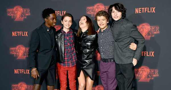 Millie Bobby Brown assures everyone that #StrangerThings isn't ending, and we're holding her to it because friends don't lie. https://t.co/izZOUXlI6P