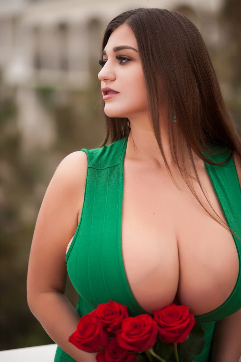 Worlds Biggest Natural Boobs