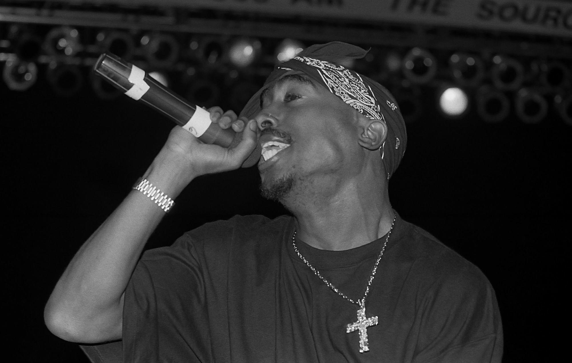 Tupac's estate teases '1998' release – and it's coming this weekend https://t.co/ZeYtMPKYUx https://t.co/B4MdWTXFuq