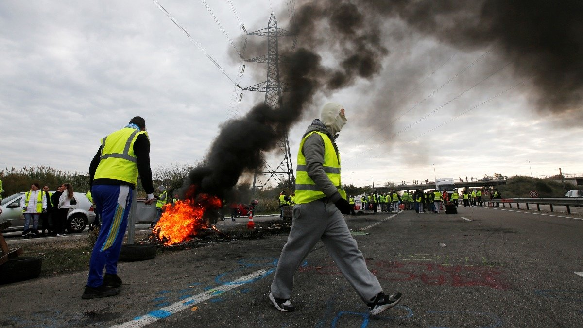 Macron's popularity hit by French fuel tax fury https://reut.rs/2DOD0k2