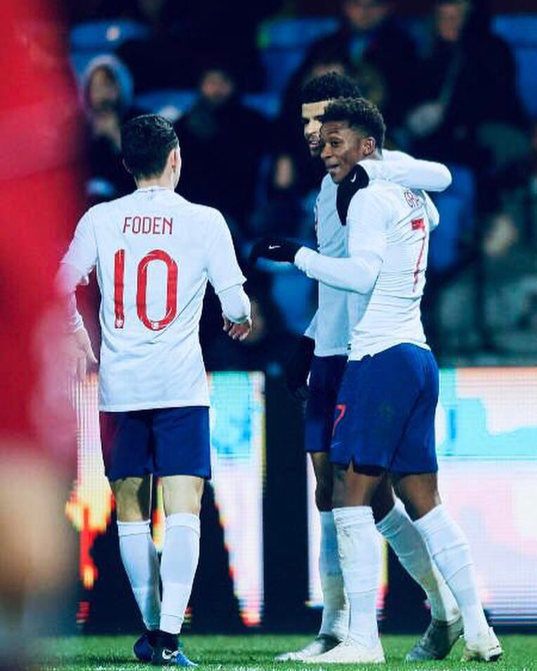 RT @PhilFoden: 2 games 2 wins ✔️ Happy with the assist ⚡️#YoungLions https://t.co/PUSrU5Oeuc