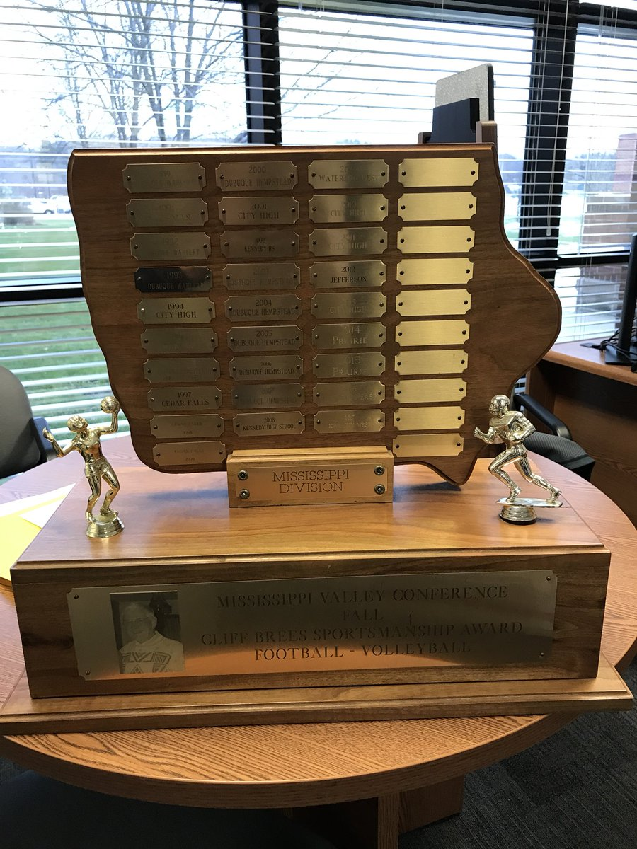 Xavier wins the 2018 MVC Fall Sportsmanship trophy for the Mississippi Division! Congrats to the entire Xavier Nation for representing the Saints the right way on the field/court of play, the sidelines, and the stands! #WeAreXavier