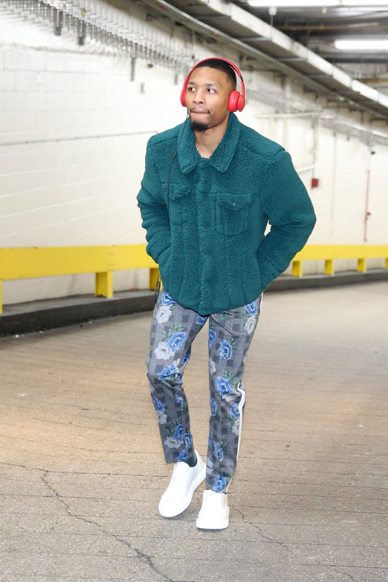 Entering NYC... Dame x CJ. #NBAStyle #RipCity  📺: 7:30pm/et, @NBATV