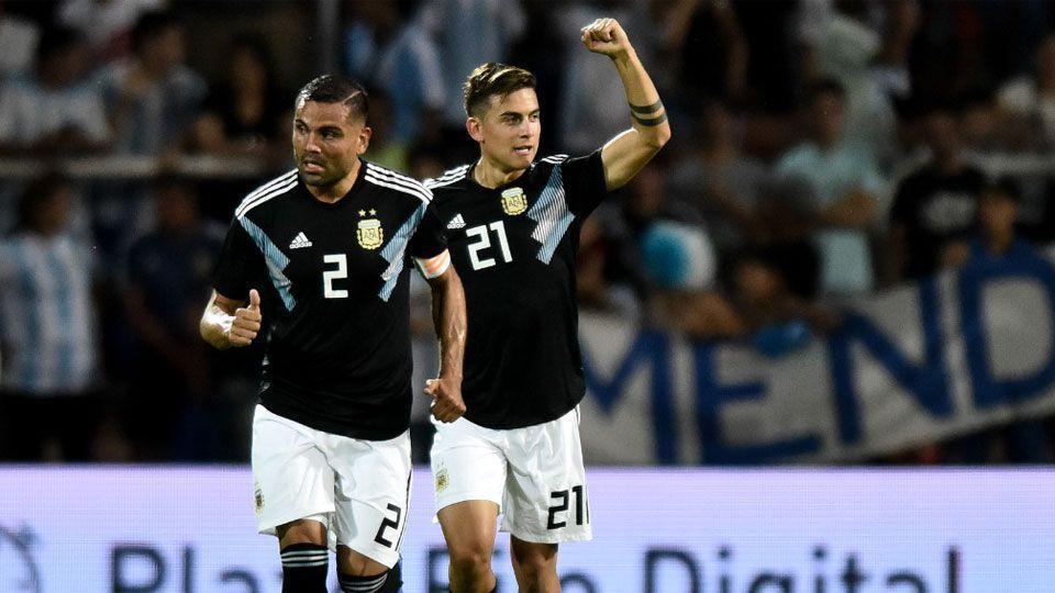 Atacantes resolvem, e Argentina volta a vencer o México em amistoso. Veja: https://t.co/tHIsmrsL7n