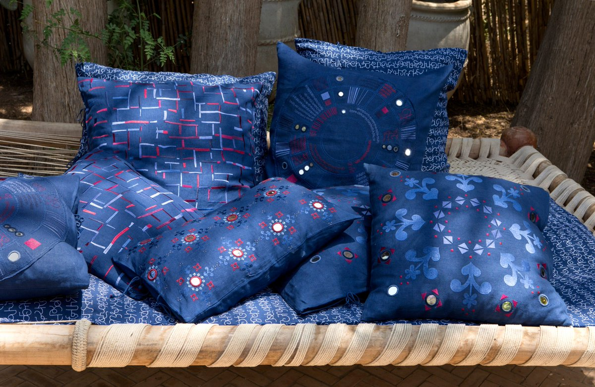 Elle Decor India On Twitter Naturally Dyed Indigo And Handwoven