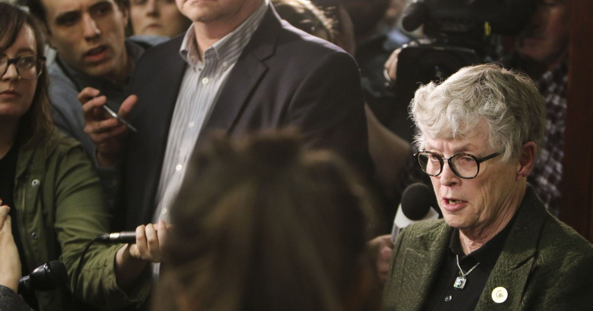 Ex-Michigan State president Lou Anna Simon charged with lying to police about Nassar https://t.co/ReAdrnwHt2