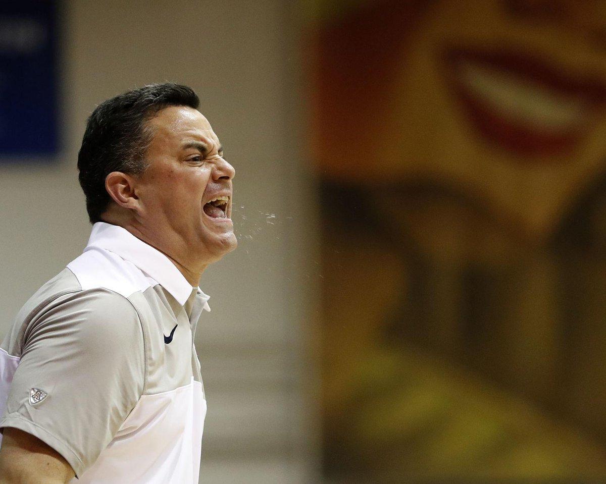 Photos: Arizona Wildcats vs. Gonzaga Bulldogs, Maui Invitational https://t.co/0rR45Hof4O