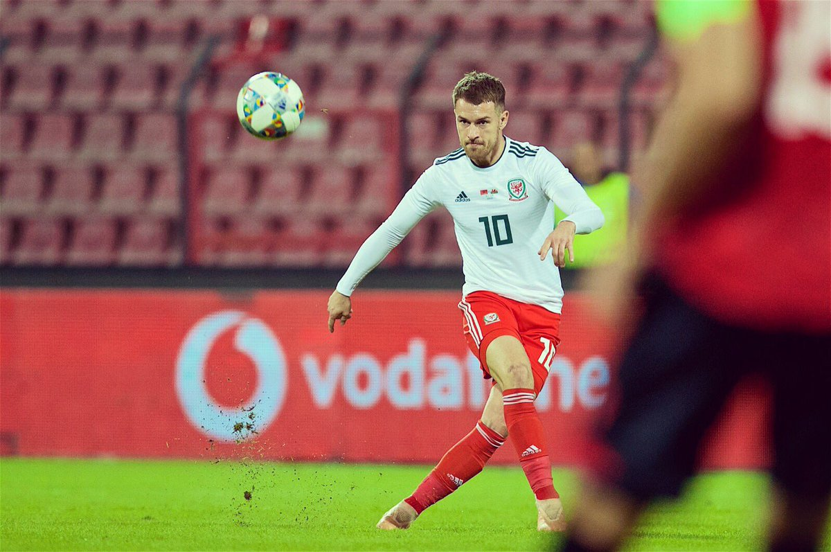 Thank you to all the fans, amazing again. Disappointing week but we will learn from it and get ready for the euros campaign. On a separate note, a massive congratulations to @Chrisgunter16 who became the most capped player. What a achievement & well deserved 👏#togetherstronger