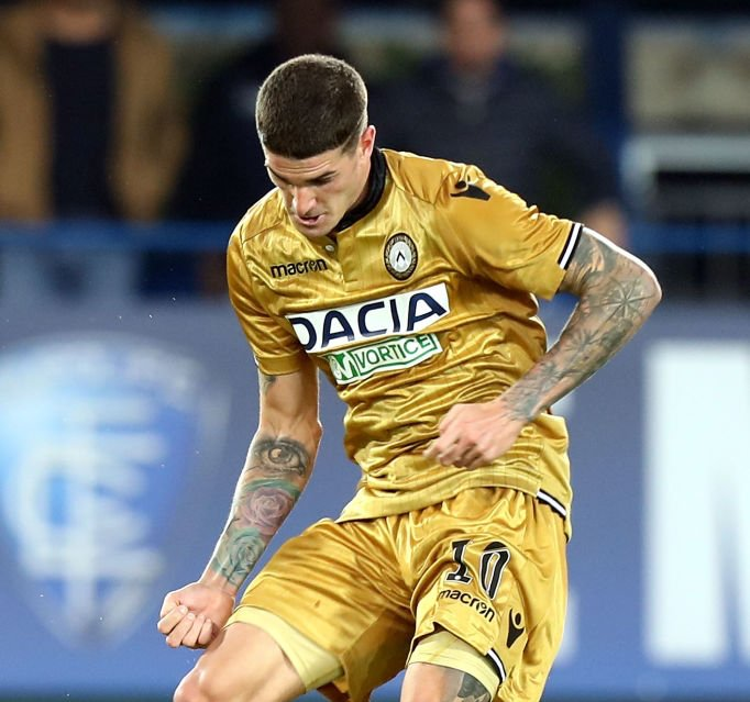 According to Gianluca Di Marzio Milan are reportedly interested in Rodrigo De Paul a meeting has been scheduled for Monday What do you think ? 🔁 Retweet for YES ❤️ Like for NO