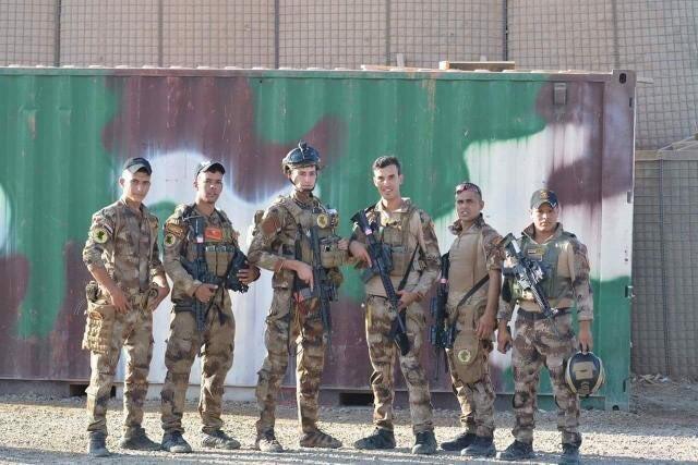 جهاز مكافحة الارهاب (CTS) و فرقة الرد السريع (ERB)...الفرقة الذهبية و الفرقة الحديدية - قوات النخبة - متجدد - صفحة 7 Dsh7lKpW0AEtUB6