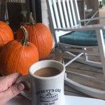 Image for the Tweet beginning: A pretty pumpkin + a