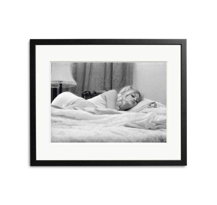 Happy 73rd Birthday to Goldie Hawn! Photographed in bed in 1970 by Terry O\Neill.