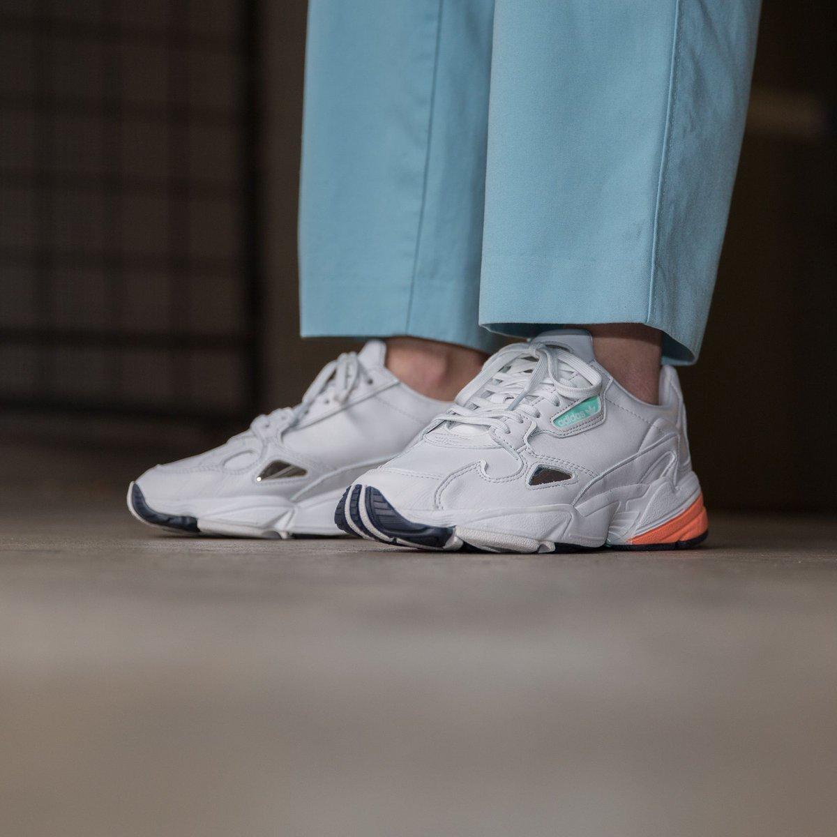 Adidas Falcon W - Crystal White
