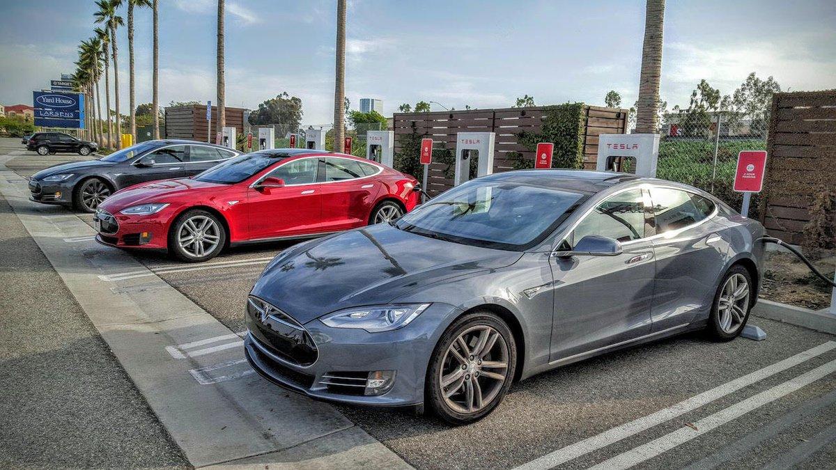 Tesla begagnad