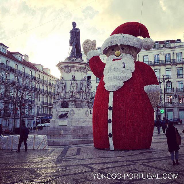 test ツイッターメディア - カモンイス広場に現れた巨大サンタさん。 #リスボン #ポルトガル https://t.co/FoD9jjhYl1