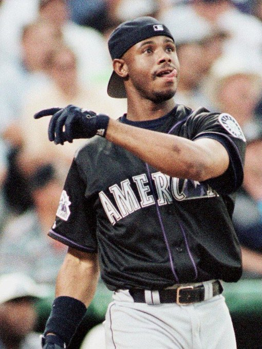 Happy birthday to The Kid Ken Griffey Jr, always be one of my favourite players.