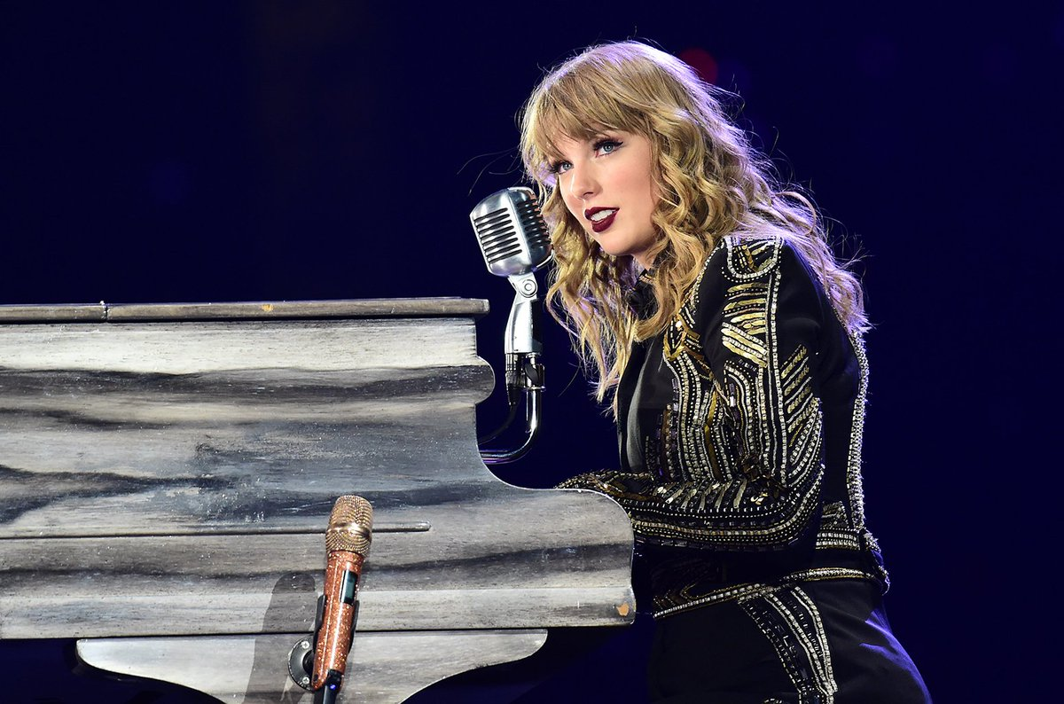 Taylor Swift ends Reputation Tour with heartfelt speech: Thank you for coming to be a part of my life blbrd.cm/rDG2ga