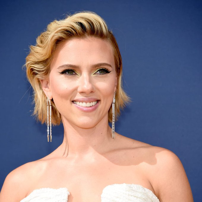 Happy birthday to Avengers star, Scarlett Johansson !