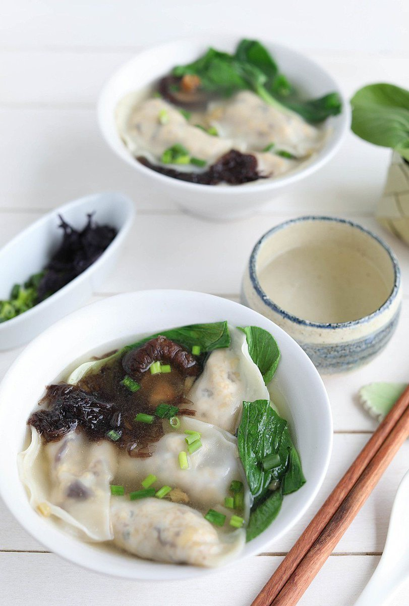 Wonton with Tofu filling in Broth https://t.co/WXKoKCT1At https://t.co/VNI0X1jG8R