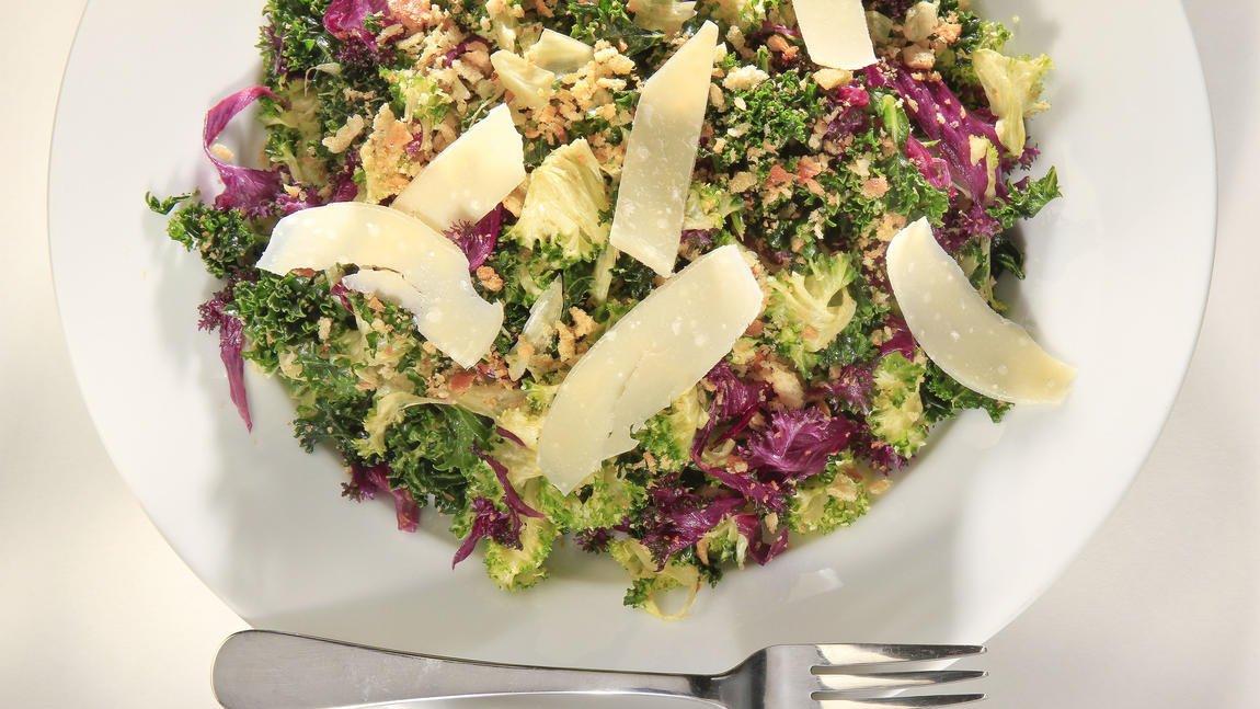 🥗🥗🥗Romaine recall messing up your menu? Remember Kale Caesar!  https://t.co/pk3PJOQ57W https://t.co/2CsbFK4xLp