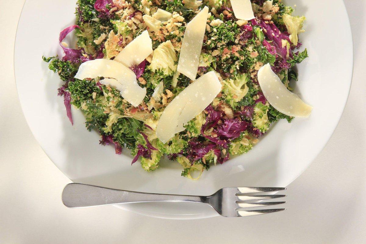 Romaine recall messing up your menu? Remember Kale Caesar! https://t.co/KwGRzSJZaG https://t.co/kliWkdQ0RX
