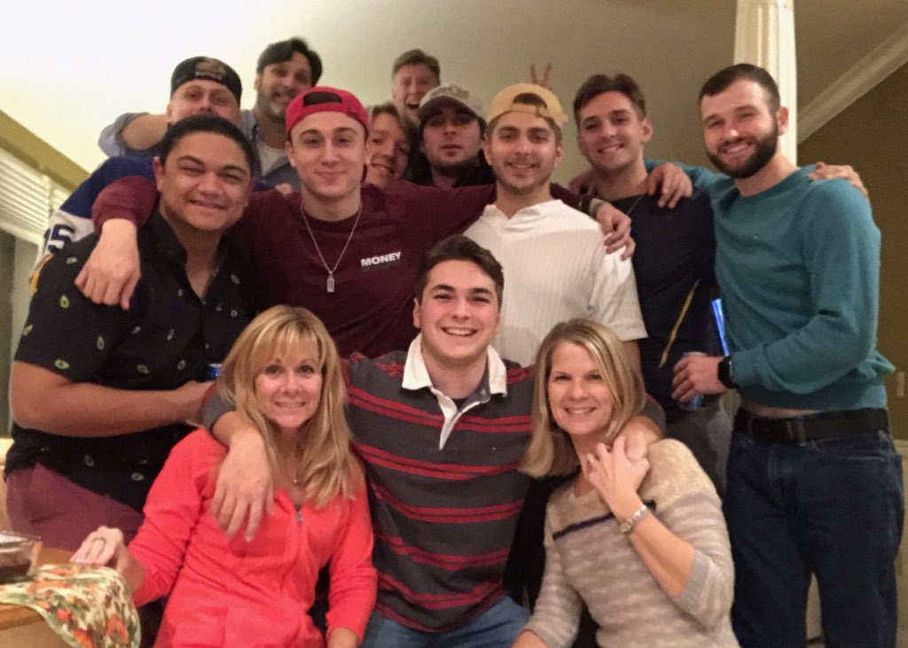Thanks to the boys for pre-gaming with the family!!! #thankfulforfamily @TylerBiery10 @HunterFaith99 @jordan rivers @J_Clem11 @Sc0tty2H0tty2 @nick Patterson<br>http://pic.twitter.com/amOAbz4fEF