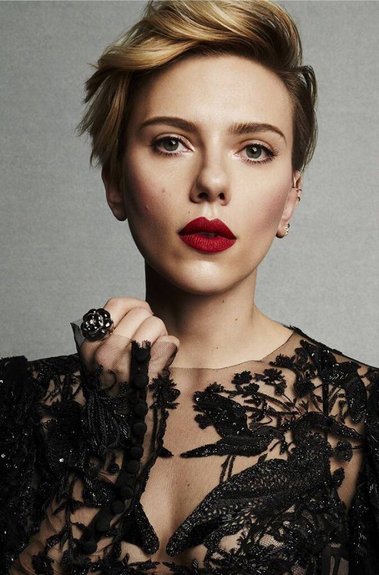 Happy Birthday Scarlett Johansson