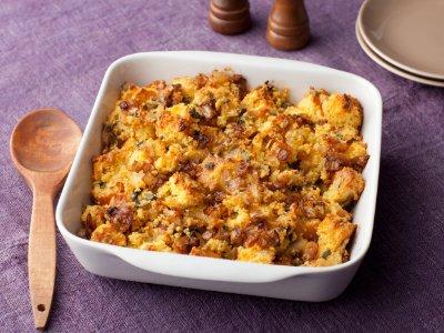 Caramelized Onion and Cornbread Stuffing  https://t.co/cfDnfBBnbu https://t.co/zWyuKkZ3og