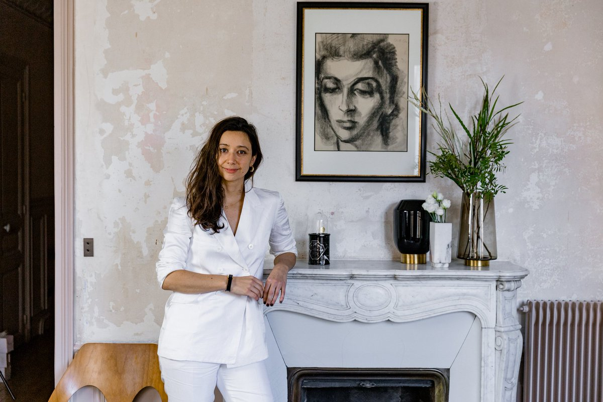 Peek inside #leshéroïnes (available exclusively on @NETAPORTER) founder, Vanessa Cocchiaro's art-deco inspired Parisian apartment http://www.ruerodier.com/ruerodier/2018/11/18/at-home-with-vanessa-cocchiaro-founder-of-les-heroines … #parisinteriors #interiors #paris