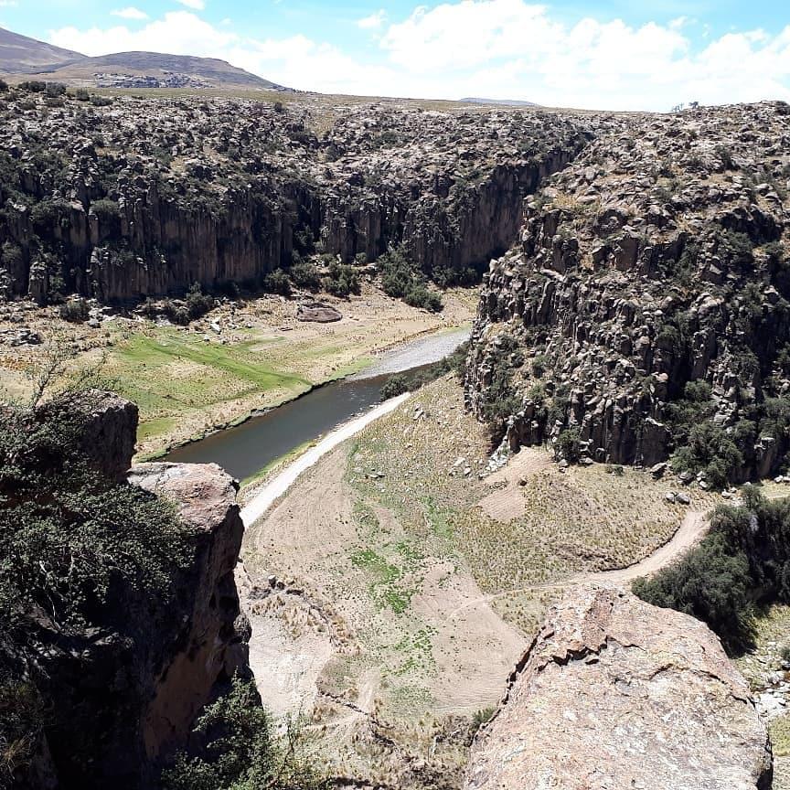 #hiking near Hospedage #Mayutinkuy  #caminomayutinkuy  #Suykutambo #ESPINAR #Peru #peruvianculture #PeruTheRichestCountry  #wanderlust #hikingadventures #mountains #skies #nature   @Havenlust @clairesturz @AnaErleneNM @Perou_Turismo @visitperu3 @travelguidexp @FerturPeru