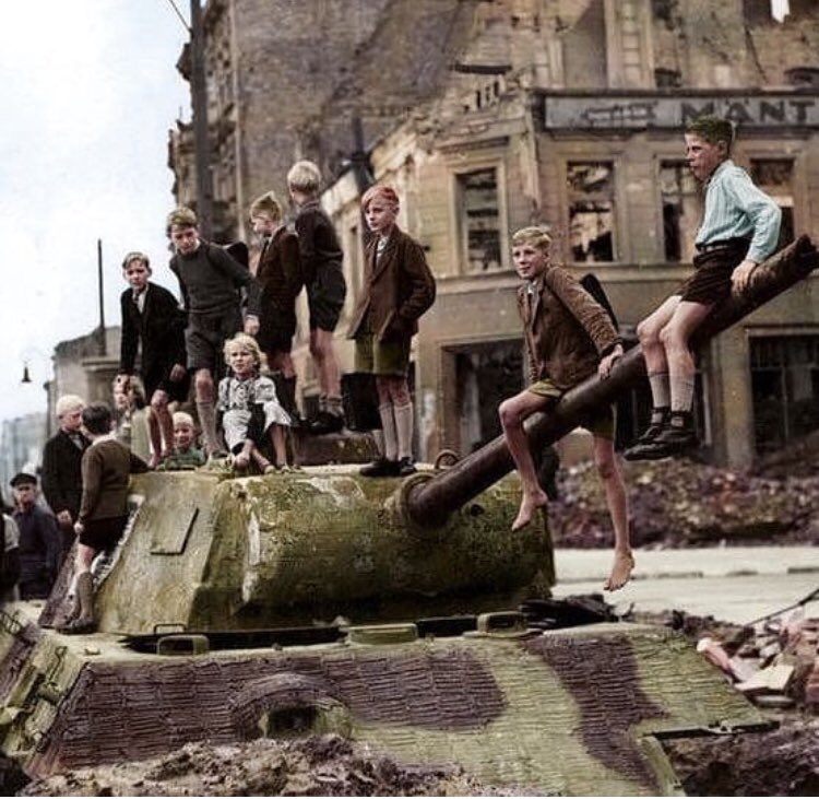BEST WW2 PHOTOS AND FACTS on Twitter: