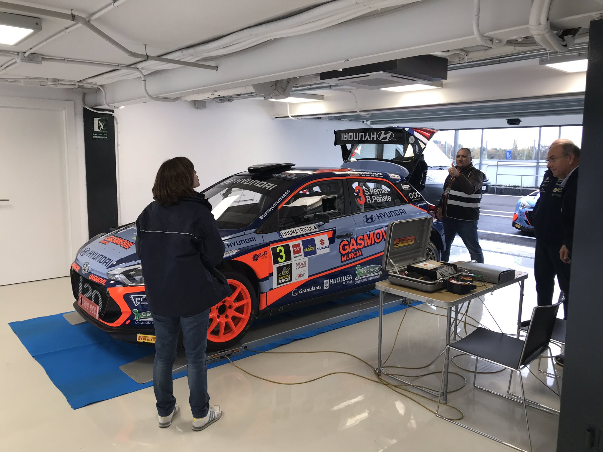 CERA: 9º Rallye Comunidad de Madrid - RACE [23-24 Noviembre] - Página 2 DsnXOD1XQAAm9sT