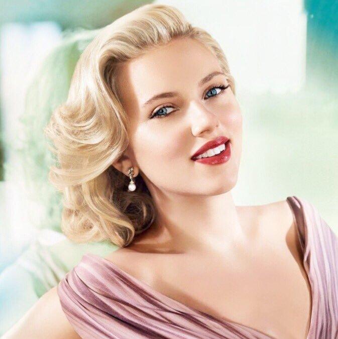 Happy Birthday Scarlett Johansson!