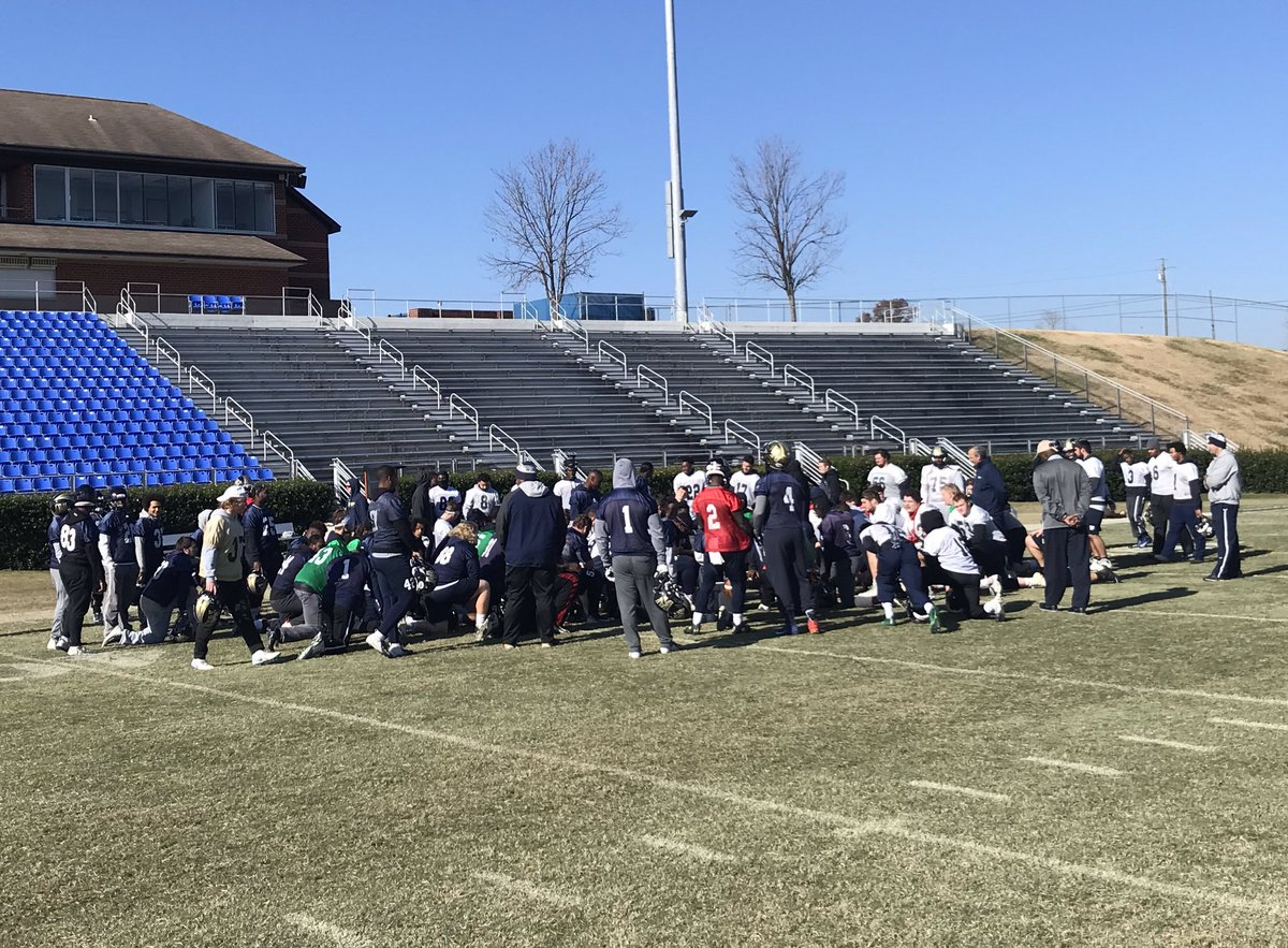 Nothing quite like practice on #Thanksgiving for @WingateFootball ! 48 hours until kickoff in the @D2Football Playoffs 2nd Round ! #OneDog #WUFB