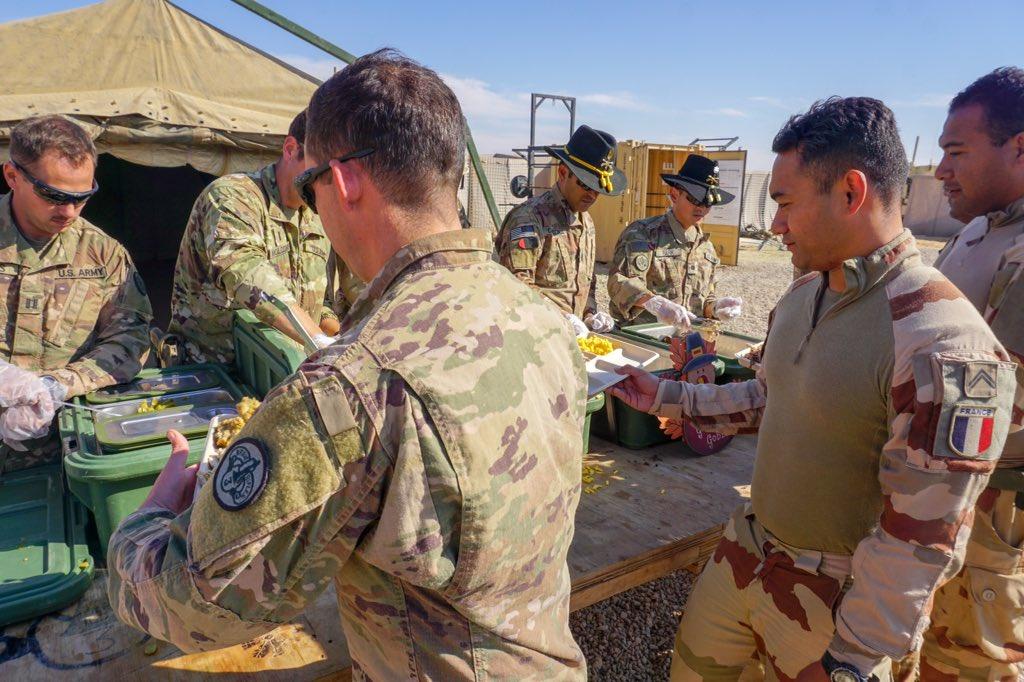 جهود التحالف الدولي لتدريب وتاهيل وحدات الجيش العراقي .......متجدد - صفحة 5 DsoZFnUWwAEo90A