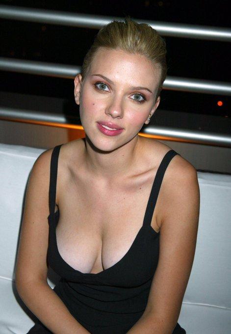Happy 34th Birthday to Scarlett Johansson