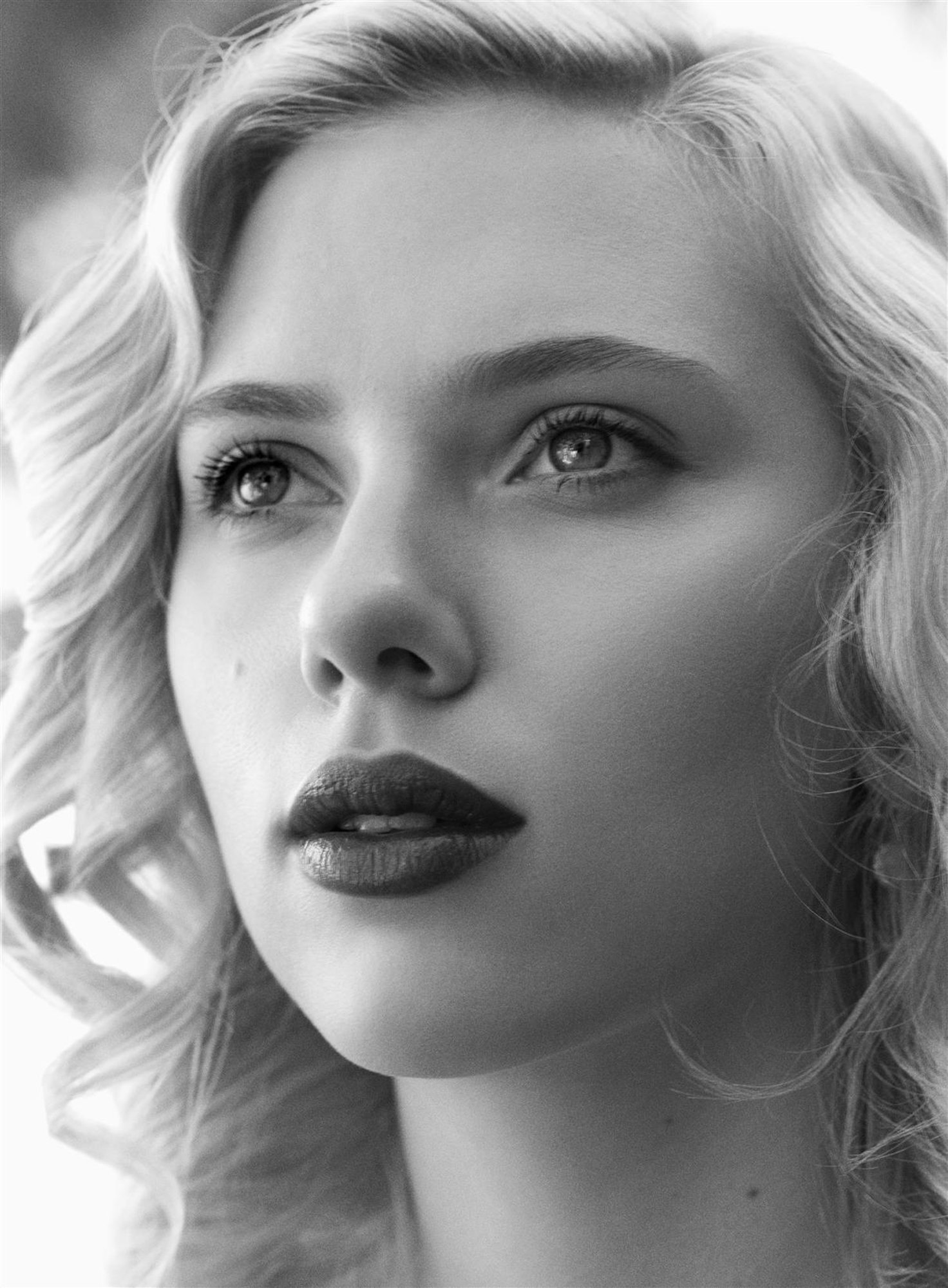 Happy birthday, Scarlett Johansson!
