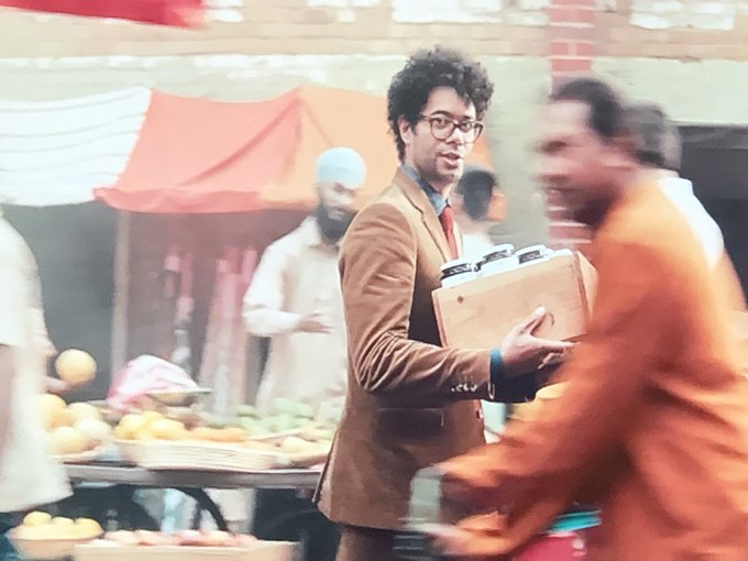 HSBC Advert Singh @RichardAyoade 👳🏽 ♂ #Singh #Sikh https://t