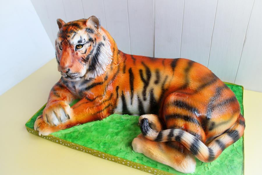 3D cake tiger ... https://t.co/KXD8n1Sqz1 #cake #cakedecorating https://t.co/nJMioT9JTd