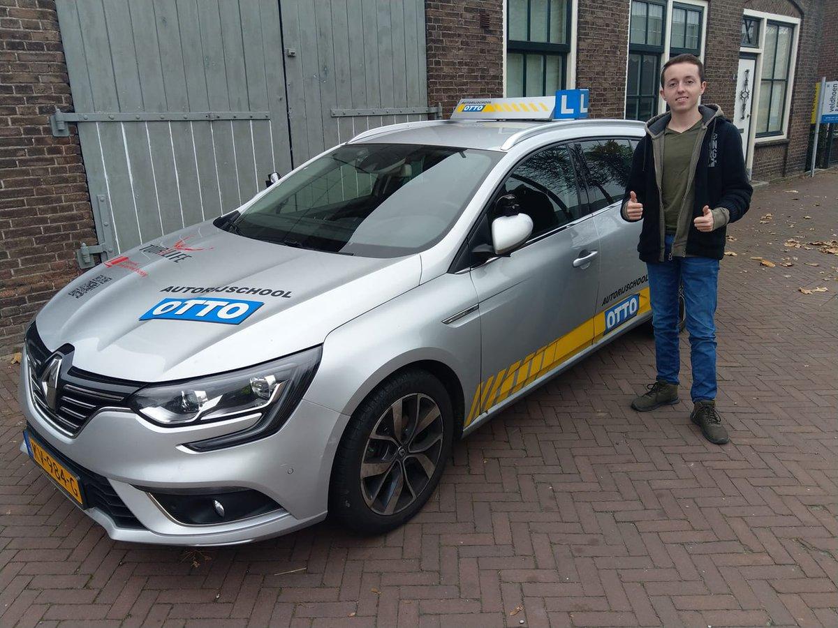 test Twitter Media - Rowin van Maasdam keurig netjes in 1x geslaagd voor het rijbewijs. Gefeliciteerd! https://t.co/U4FyIAM8ab