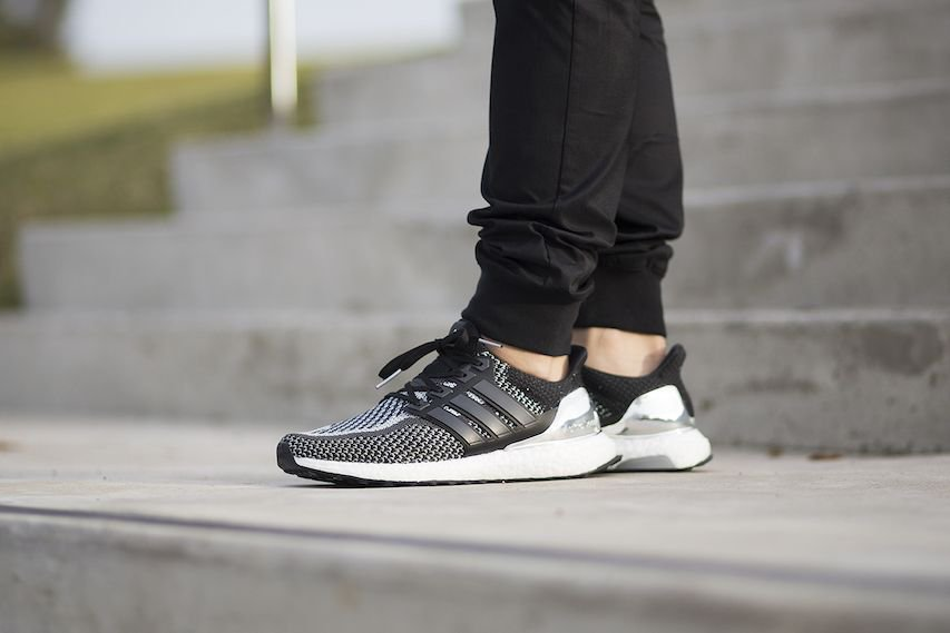 666e4bcc88232b adidas Ultra Boost Medals Pack RESTOCK in 40 minutes at Foot Locker UK! Gold    http   bit.ly 2TfJKM5 Silver   http   bit.ly 2OMKsx8 pic.twitter.com  ...