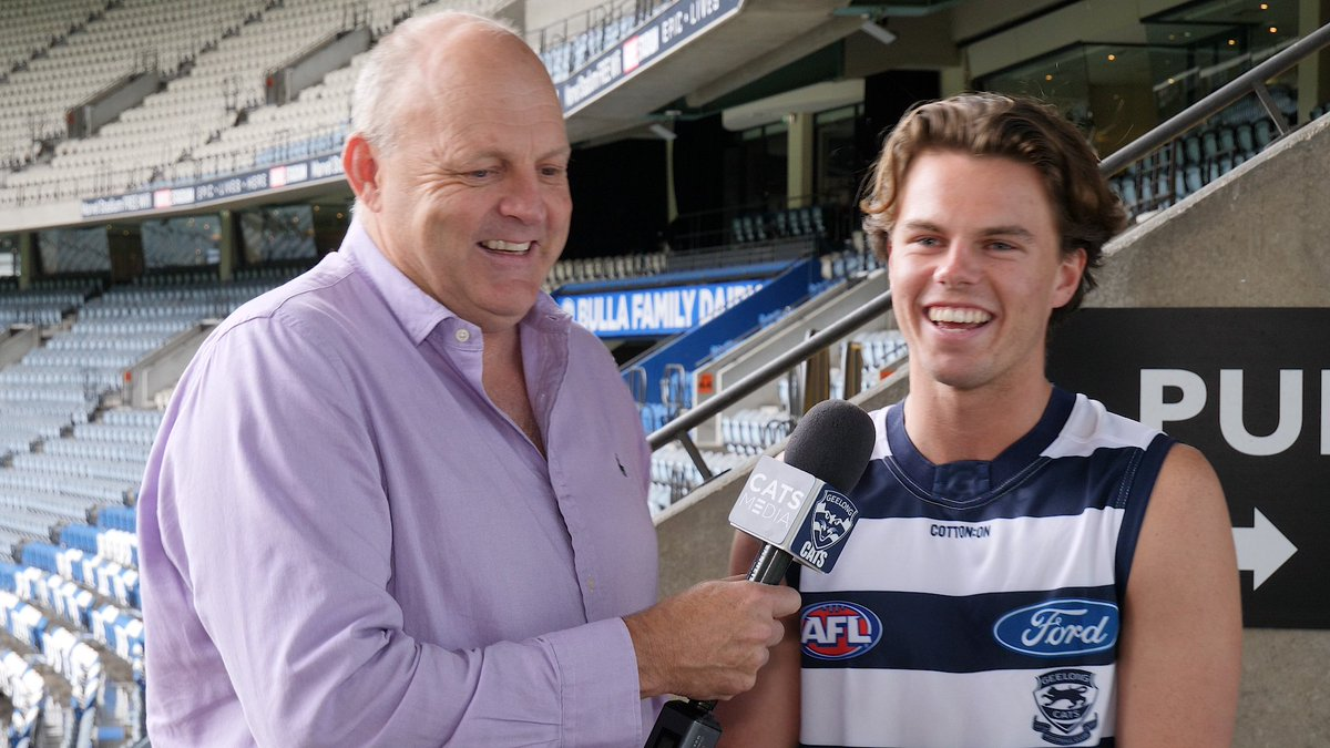 """Welcome to the family cocko, in more ways than one.""  The Brownless Dynasty lives on in Geelong 👑  #StandProud #WeAreGeelong"